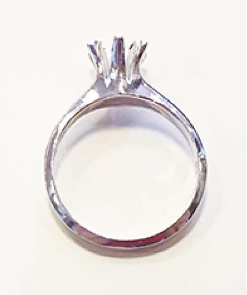 宝石を外したリング枠写真